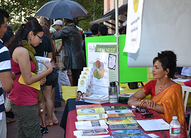 2011-India-Festival-Outreach-007